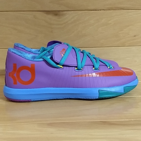 9ba767cbe1fd Nike KD VI 6 Size 2 Youth Kids Shoe 599478-500